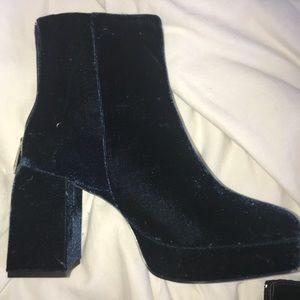 Dark blue velvet booties